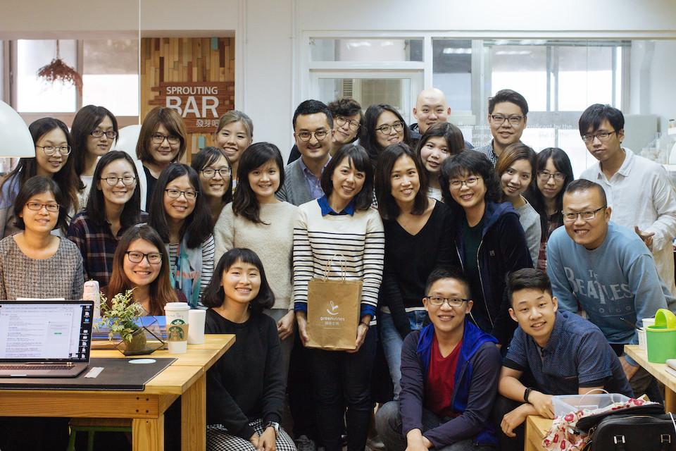 綠藤的歷屆實習生們不但幫綠藤完成了台灣第一本公益報告書、導入全世界最大客戶支援系統、更以滿滿的熱情與活力成為企業文化重要的一環