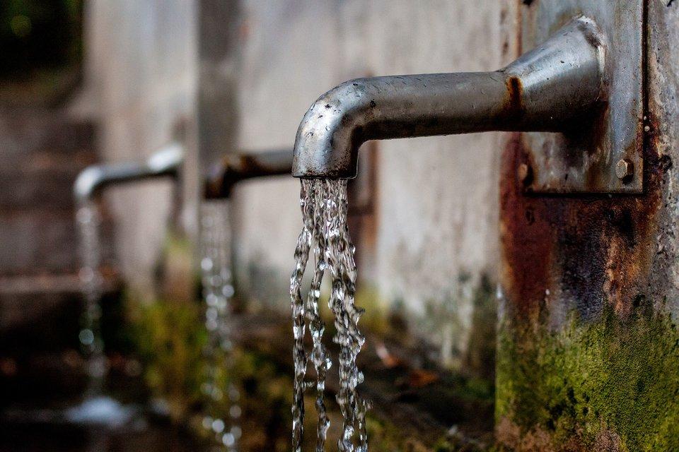 rsz_faucet-1684902_1920
