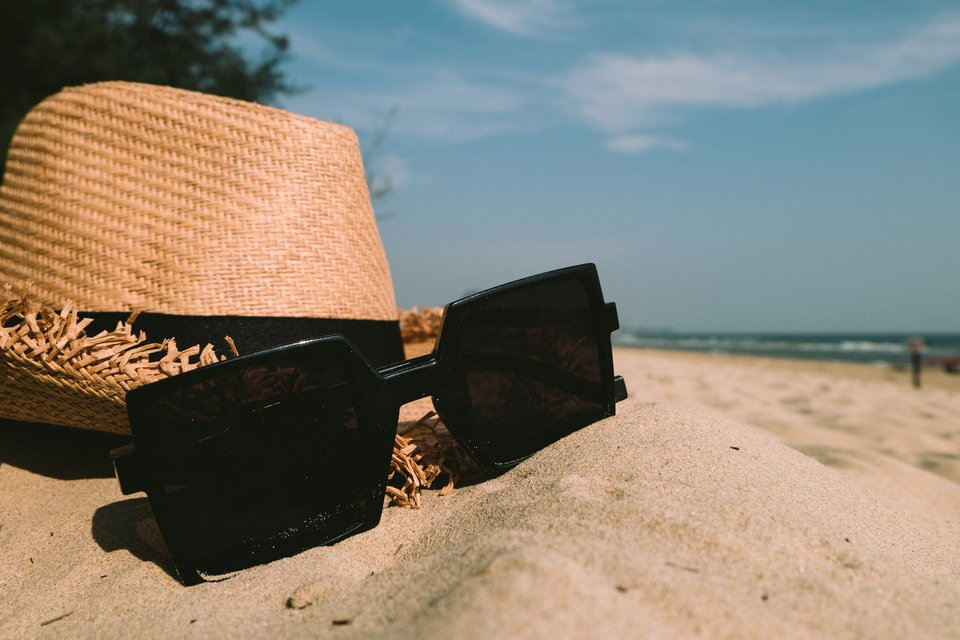 sunglass and hat accessories(ok)